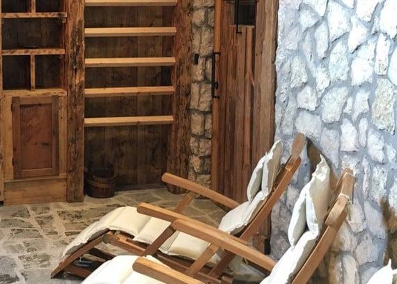 La nuova sauna finlandese all'aperto è pronta!
