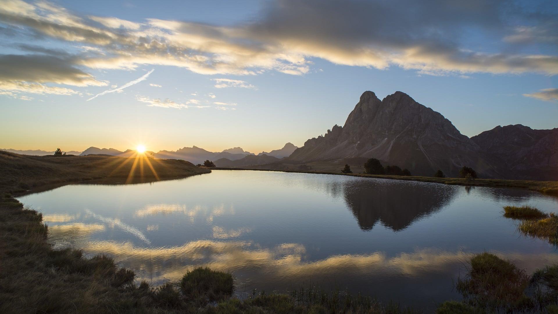 """""""Quasi nulla ci ispira altrettanto rispetto come la vista delle montagne."""" (Kofi Annan)"""